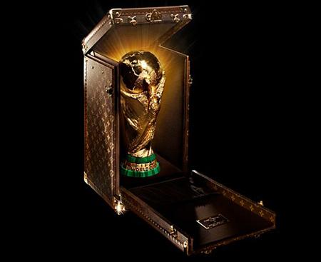 Vuitton se lleva La Copa del Mundo